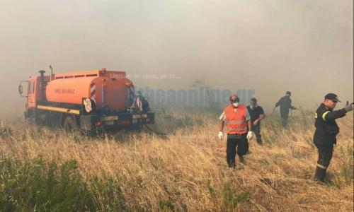 Ο δήμος Καλλιθέας στην μάχη με τις φλόγες σε Κάλαμο, Βαρνάβα, Καπανδρίτι - Η δραματική στιγμή με το ελικόπτερο της Πυροσβεστικής - ΒΙΝΤΕΟ